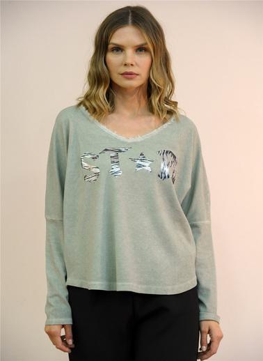 Optique Knitwear Yazı Baskılı V Yaka Uzun Kol Pamuk Bluz Haki